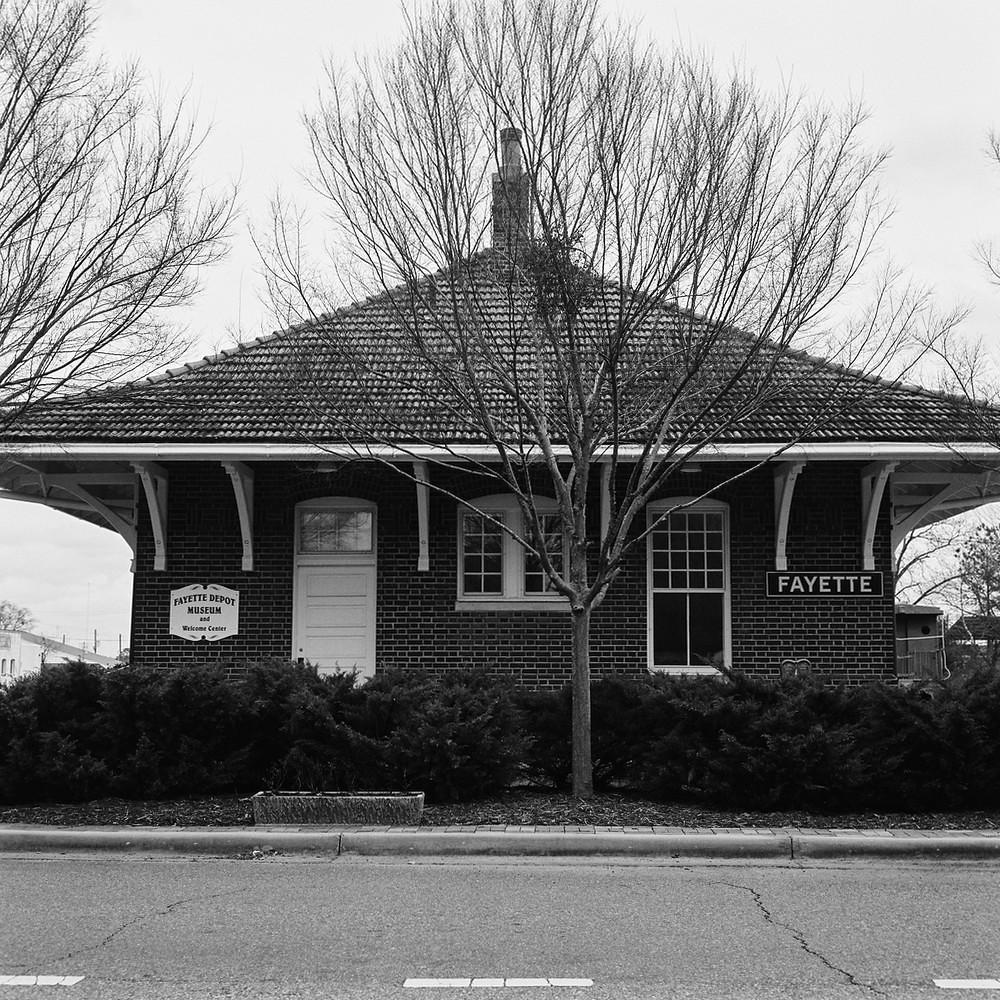 Fayette, AL Depot - Mamiya C330f | Kodak Tri-X 400