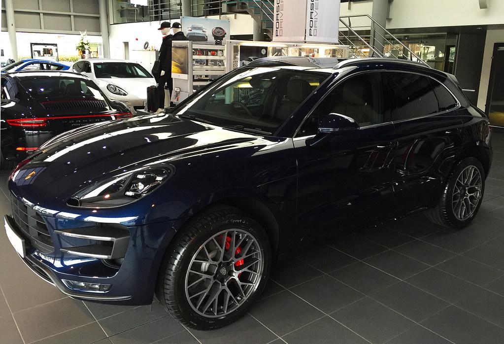 Night Blue Turbo Porsche Macan Forums