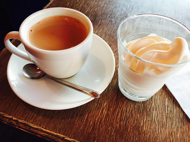 Rue Favartで飲んだコーヒーと食べたアイスクリーム