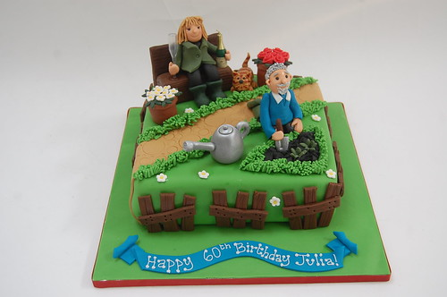 Julia\'s Gardening Cake - Beautiful Birthday Cakes