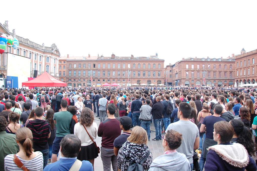 Ambiente plaza del capitolio Toulouse