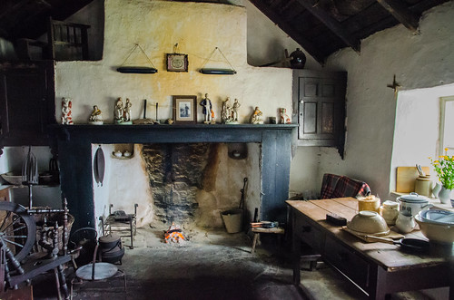 Cregneash - Harry Kelly's Cottage Interior | by Le Monde1
