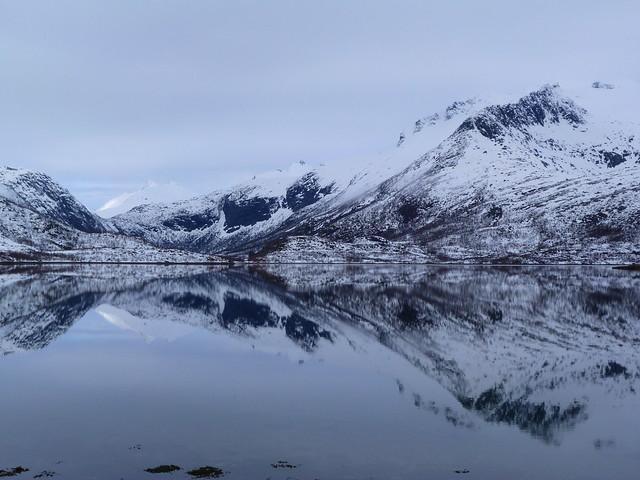 Paisaje invernal en Noruega (Islas Lofoten)