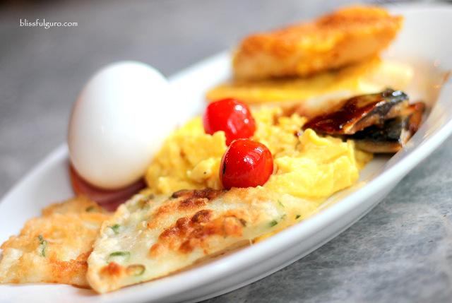 Pentahotel Kowloon Hong Kong Buffet Breakfast