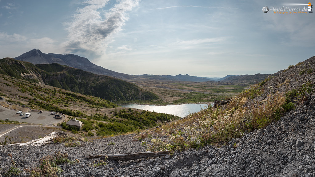Mount St. Helens east side with Spirit Lake