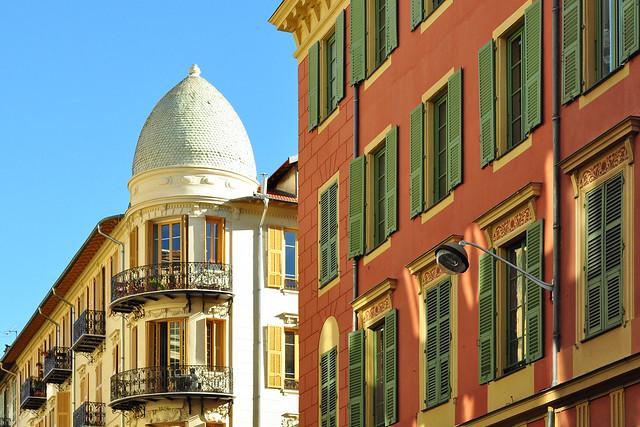 Nizza-Architektur: Fassaden, Fenster, Gebäudedetails, Farben ... Foto Brigitte Stolle März 2016