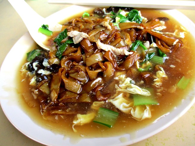 Delicious Food Stall fried kway teow, wet 2