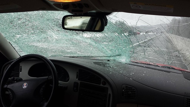 Saab 9-5 smashed windscreen