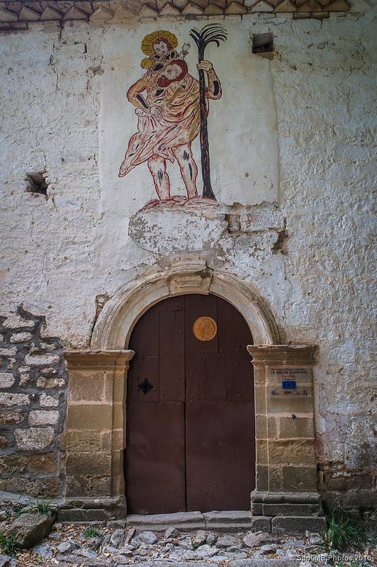 Puerta de la ermita de la Virgen de la Peña