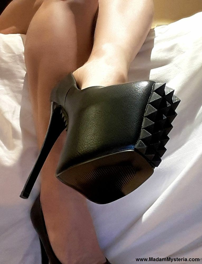 Shoejob and cum on her stockings and black patent high heels - 2 part 5