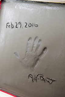 The date, Dumont's handprint and signature.