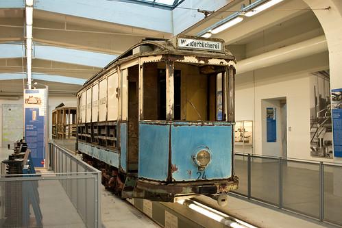 Der Wanderbüchereiwagen 24 ist nun Bestandteil der Ausstellung im Museum