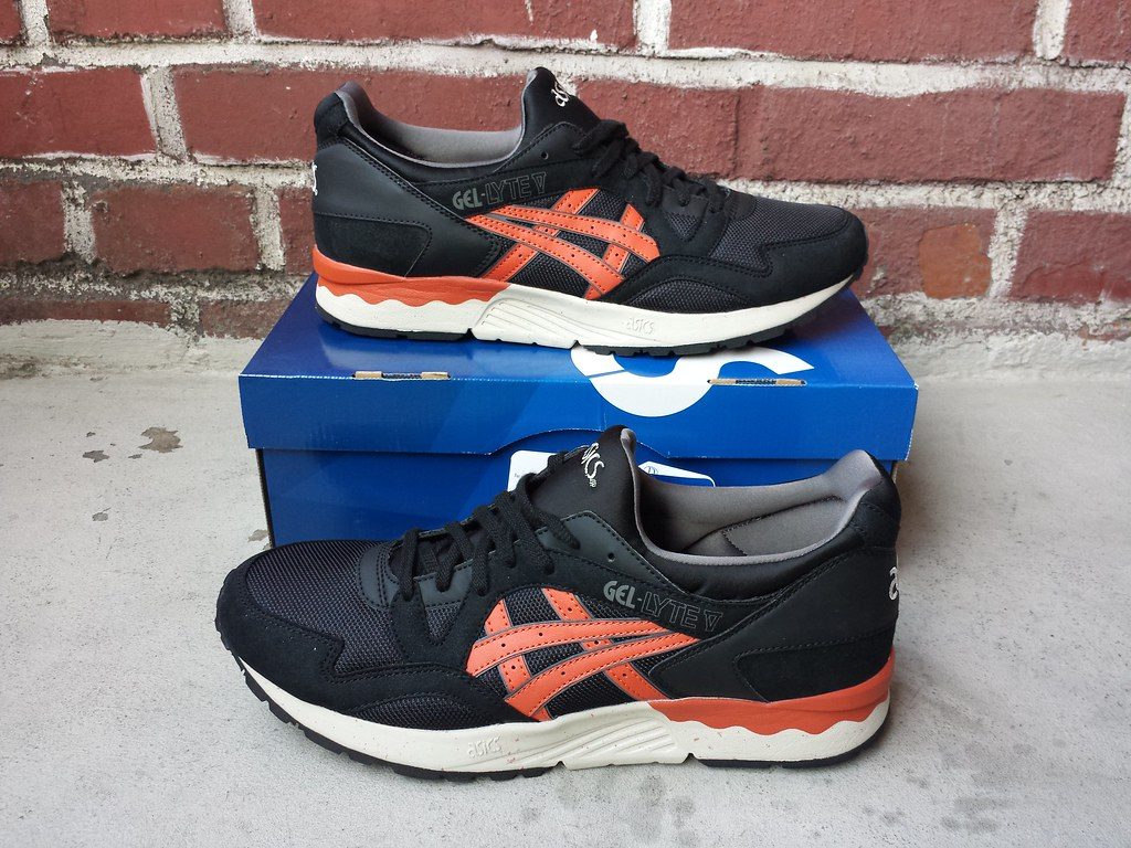asics gel lyte v (black chili)