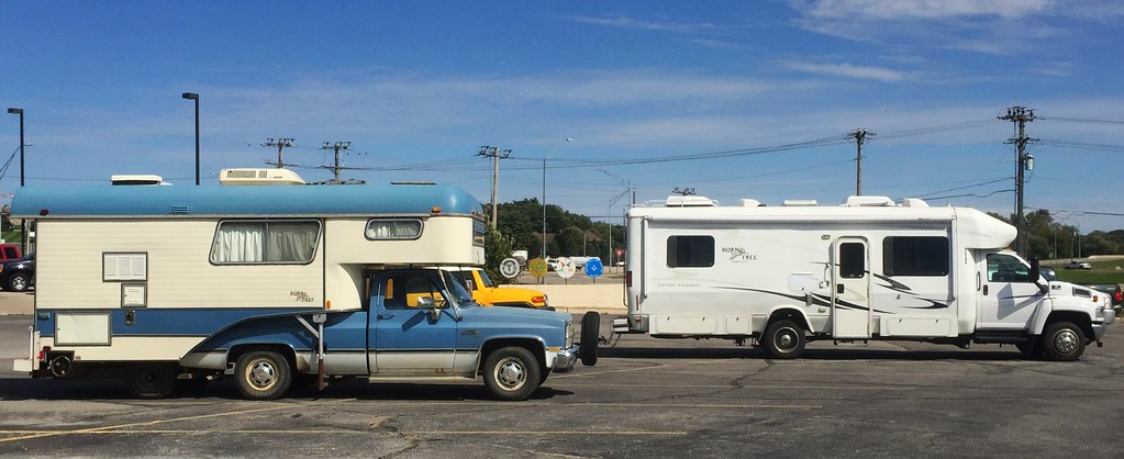 Born Free Campers In Algona Ia The Blue And White One