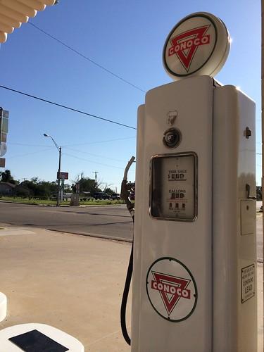 conoco gas station