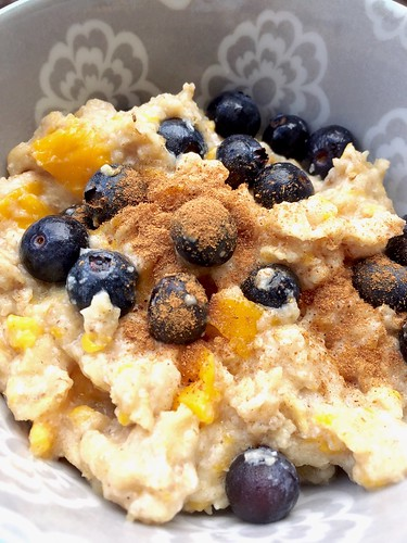 Mango-Blueberry Egg White Oats