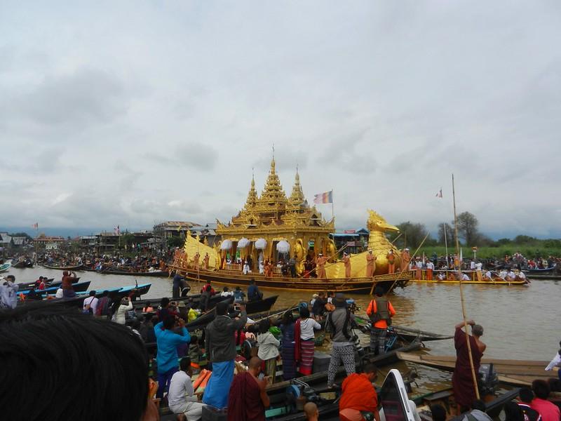 Фестиваль пяти Будд