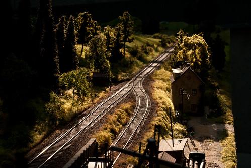 Modellbahn im Streiflicht