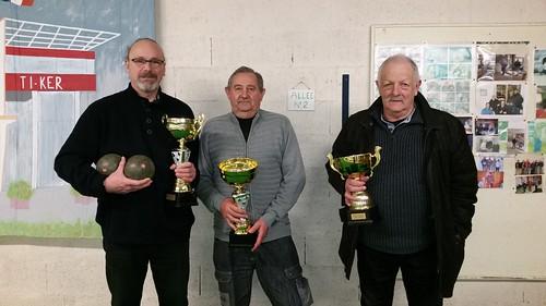 30/01/2016 - Saint Martin des Champs : Les finalistes du concours de boules plombées en doublettes mêlées