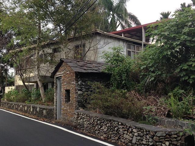 雙龍國小石板屋。攝影:廖靜蕙