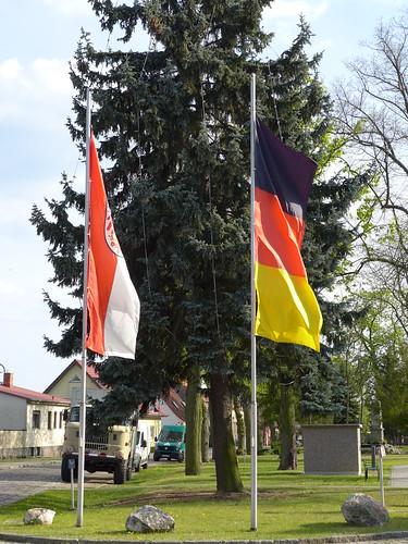 Flaggen gehisst zum 1. Mai