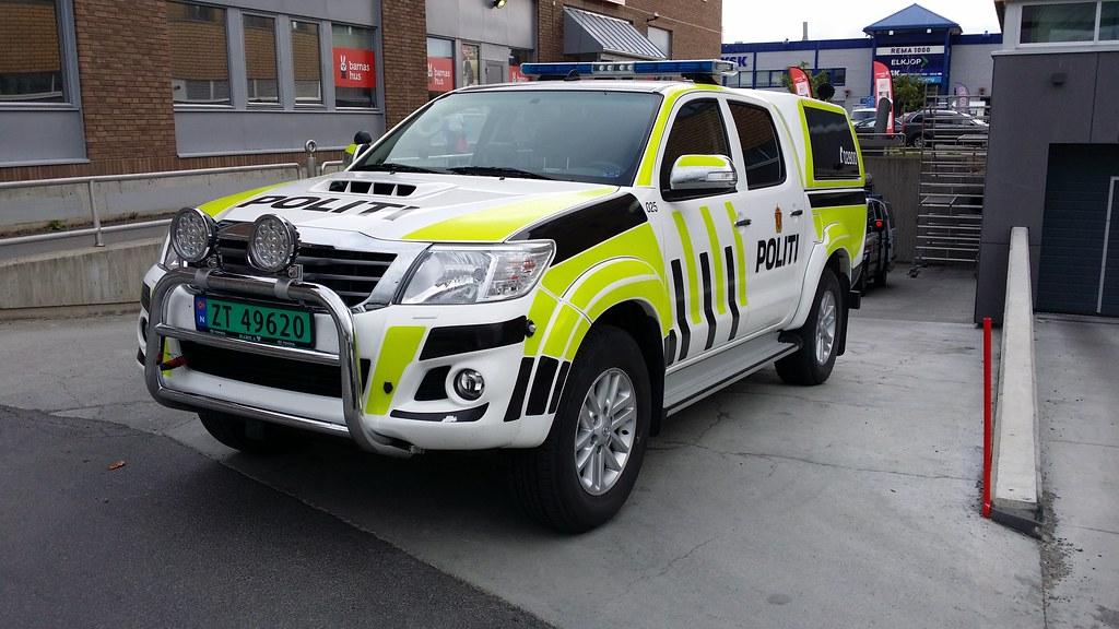 Politi Alta Altan Norja Poliisin Toyota Hilux
