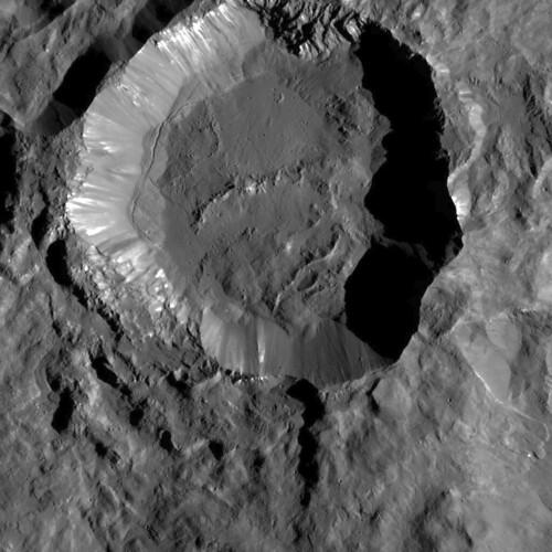 VCSE - Mai kép - (1)Ceres, Kupalo kráter - NASA/JPL/Dawn