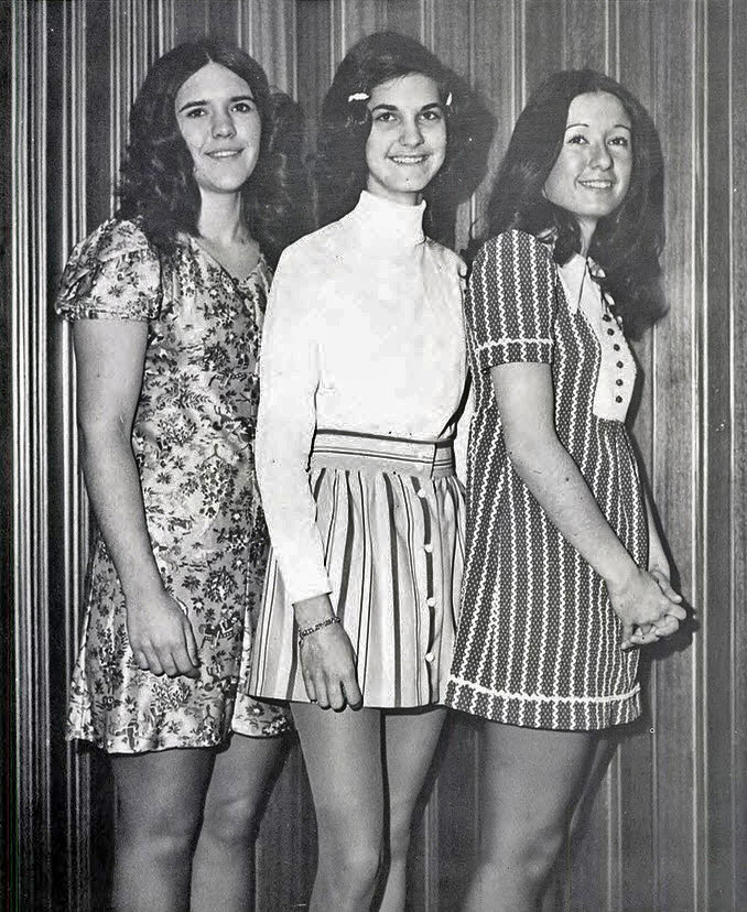 Retrospace: Mini Skirt Monday #206: Stripes! (Part 2