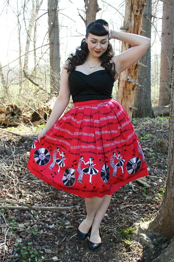 record music print skirt