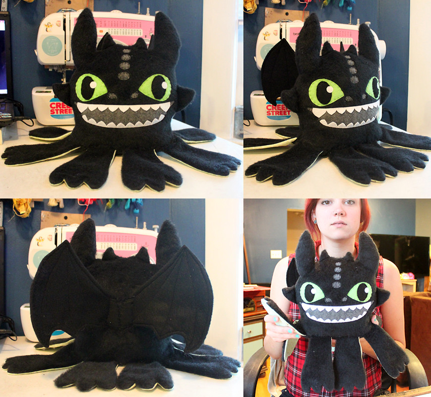 How to Train Your Dragon - Toothless plush by LoveAndASandwich