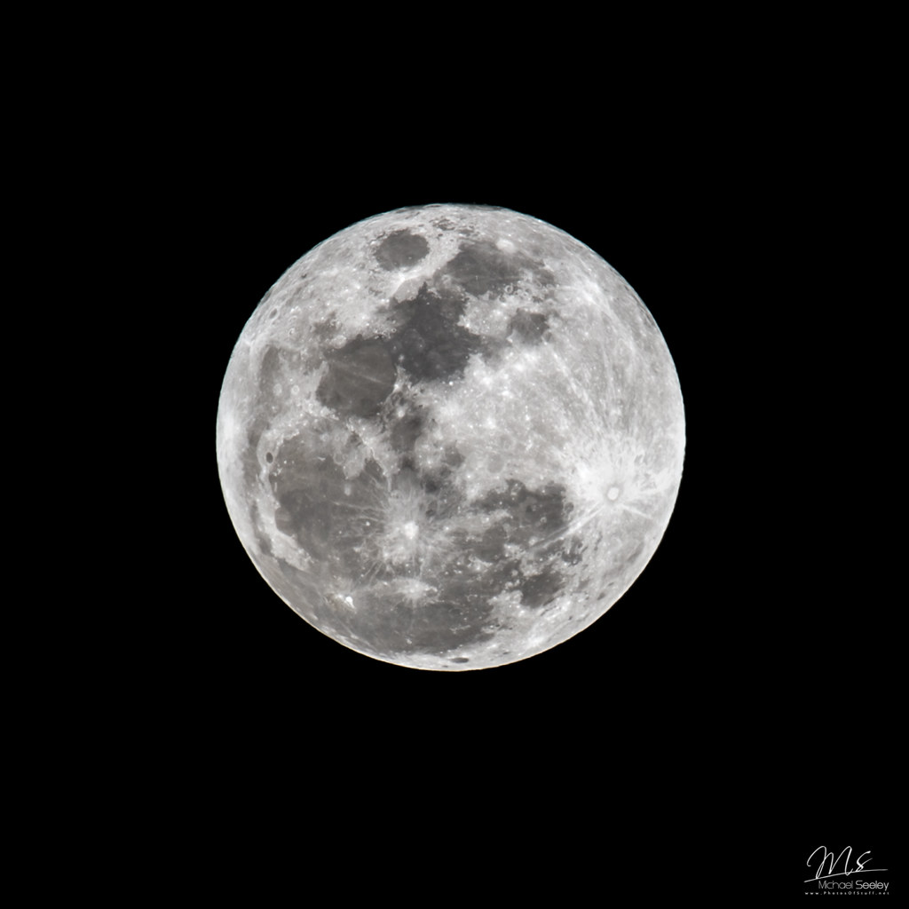 Mooning Over New Missoni: Full Moon Over Melbourne, Florida - Feb 22, 2016