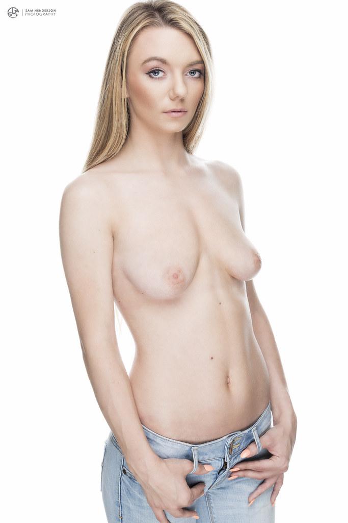 molly mae nude