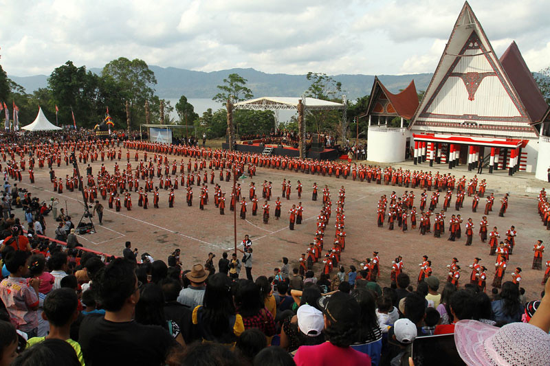 2-lake-toba-festival-via-intravel.us