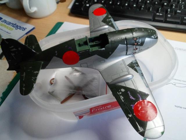 Pas-à-pas : Mitsubishi J2M3 modele 21 Raiden Jack [Tamiya 1/48] 25140272203_a9aa23ec25_o