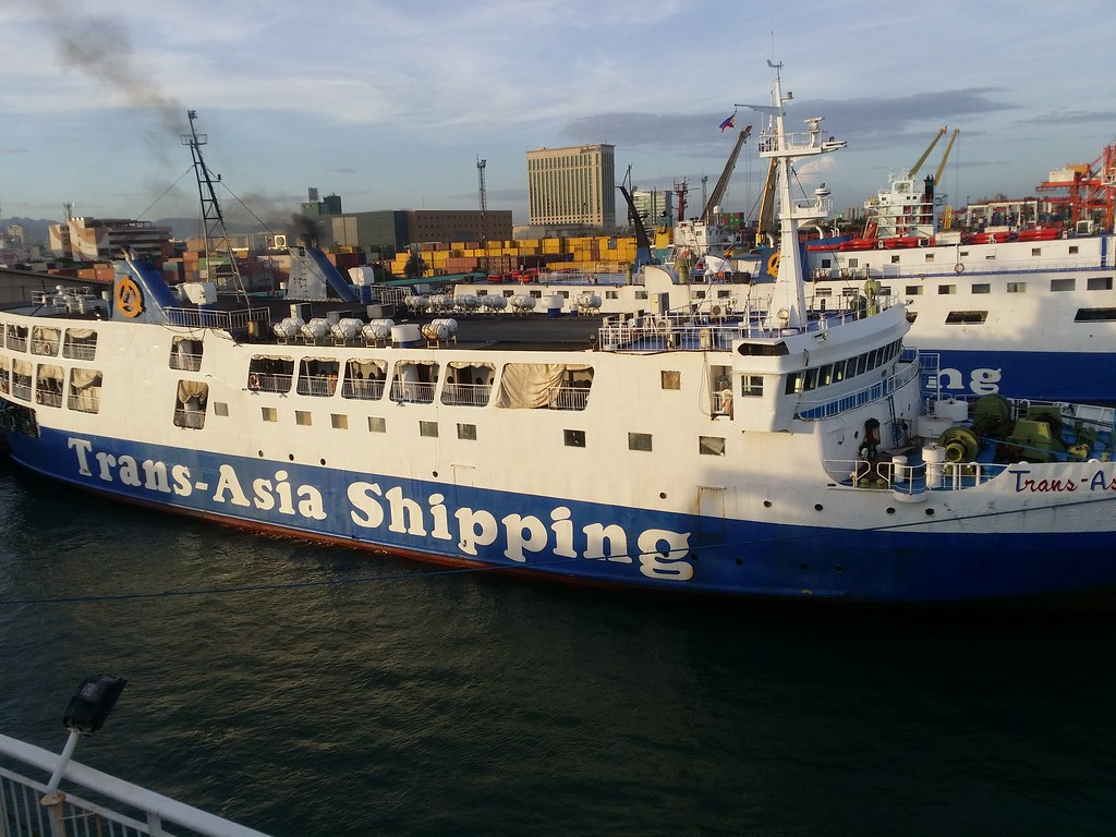 Asian shipping and workboat