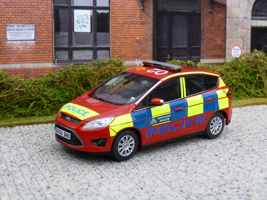 1 43 Code 3 Ford C Max Met Police Dpg Model Photographed
