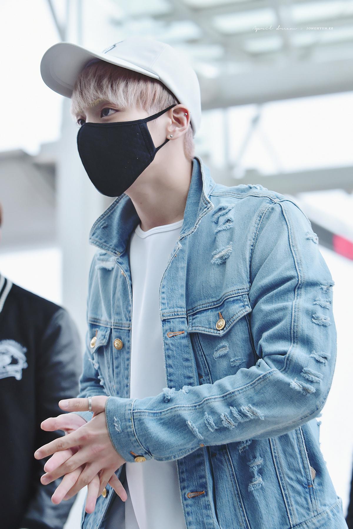160422 Jonghyun @ Aeropuerto Incheon {Rumbo a Japón} 26307250460_f7cd3d913e_o