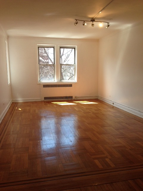 STUDIO RENTAL ELMHURST
