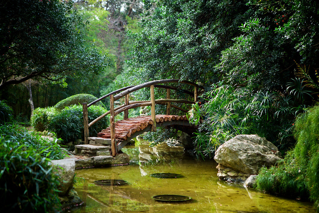Foot Bridge A Foot Bridge In The Japanese Garden In The Zi Flickr