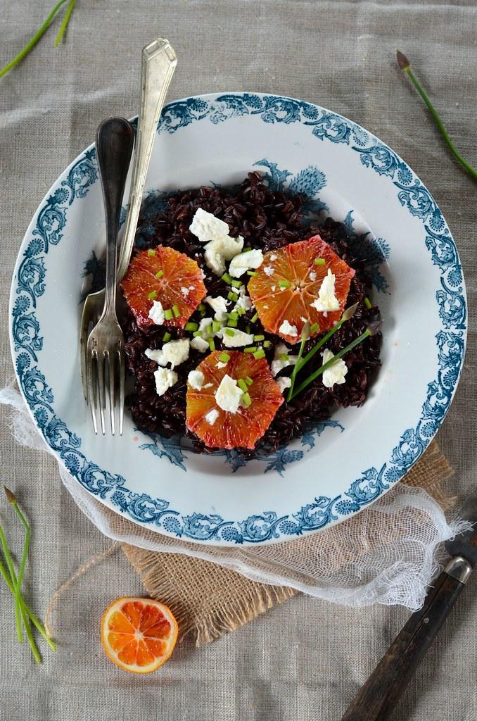 Salade de riz noir à la feta et orange sanguine