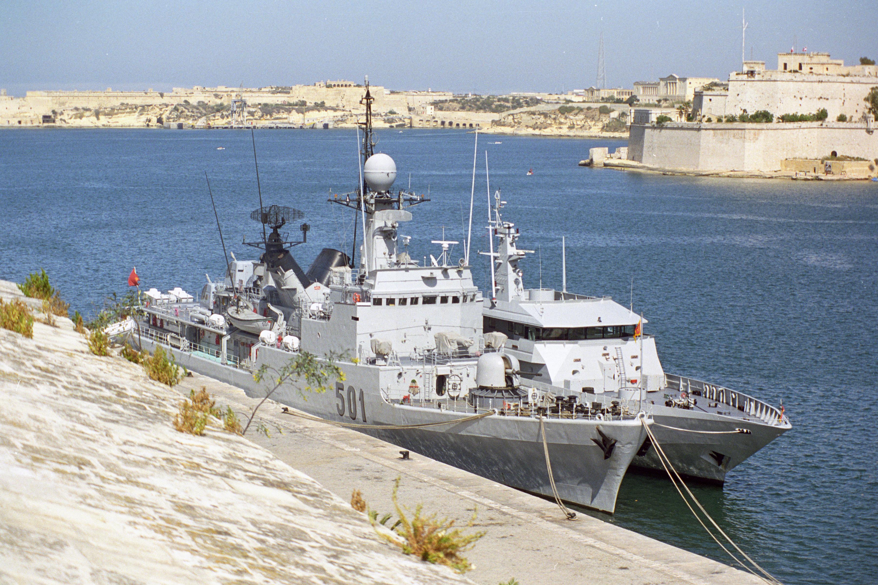 Royal Moroccan Navy Descubierta Frigate / Patrouilleur Océanique Lt Cl Errahmani - Bâtiment École - Page 3 24349975624_df88e35798_o