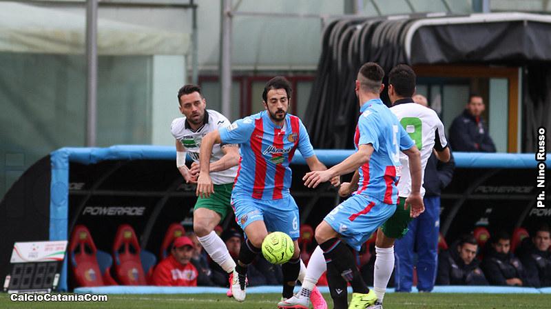 Dario Bergamelli in azione contro il Monopoli nella gara dello scorso 17 gennaio