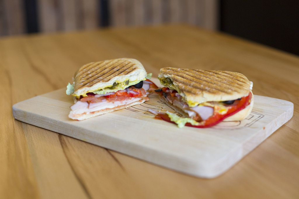 Мясо в сендвиче фото 550-288