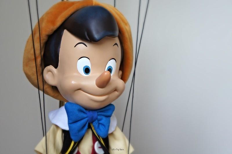 Pinocchio - Page 7 24465041125_2f50346d4d_c