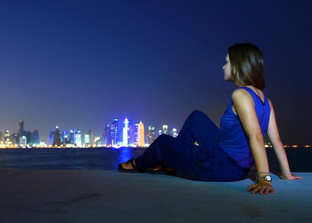 Esperando la hora mágica de Doha desde su Corniche