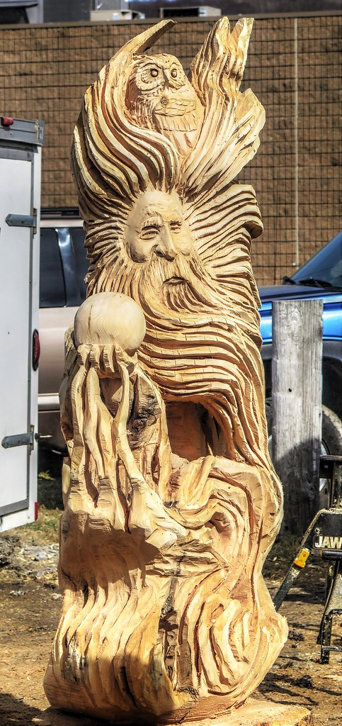 Ridgway carvers rendezvous chainsaw carvings jim