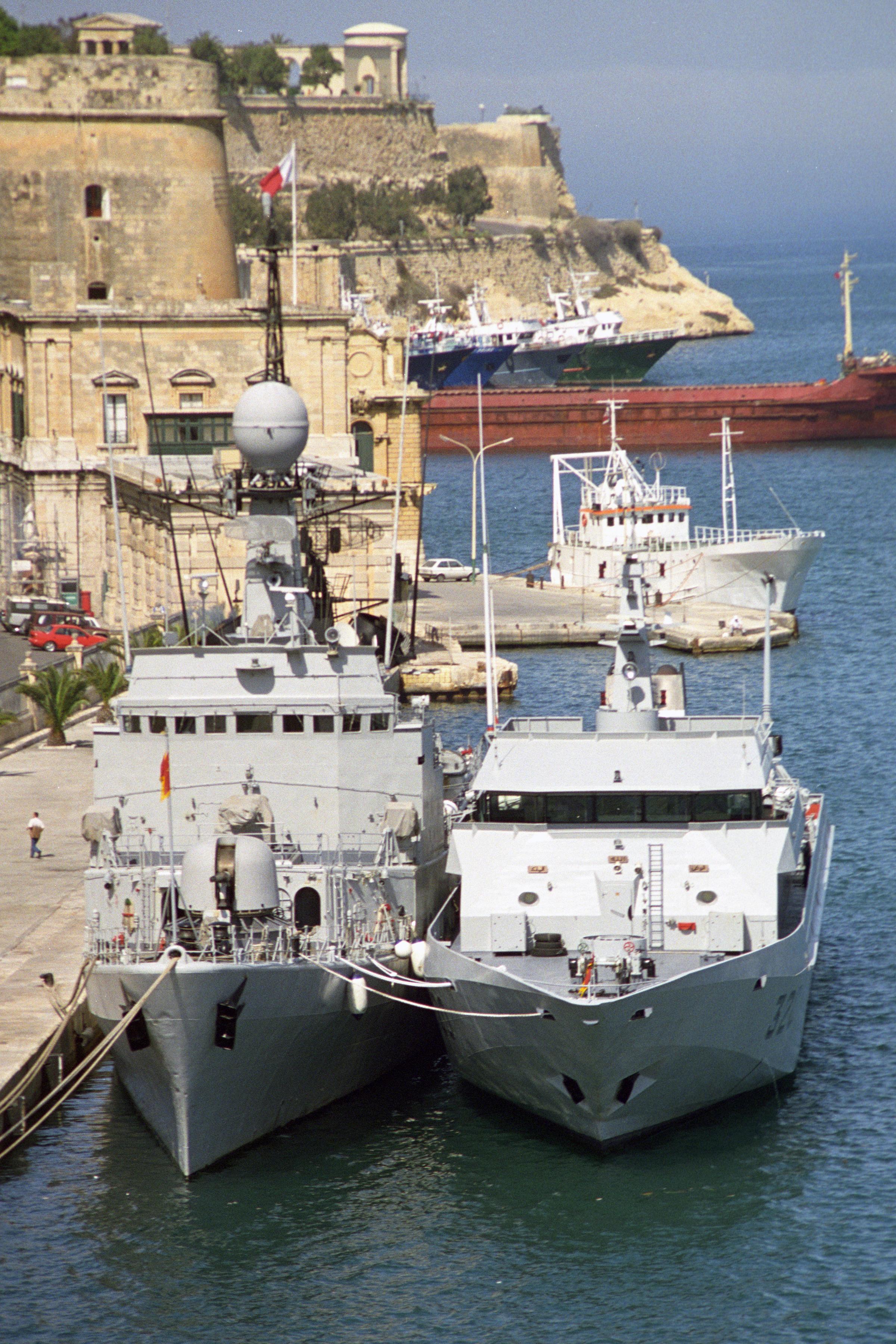 Royal Moroccan Navy Descubierta Frigate / Patrouilleur Océanique Lt Cl Errahmani - Bâtiment École - Page 3 24954309066_0819743cb8_o