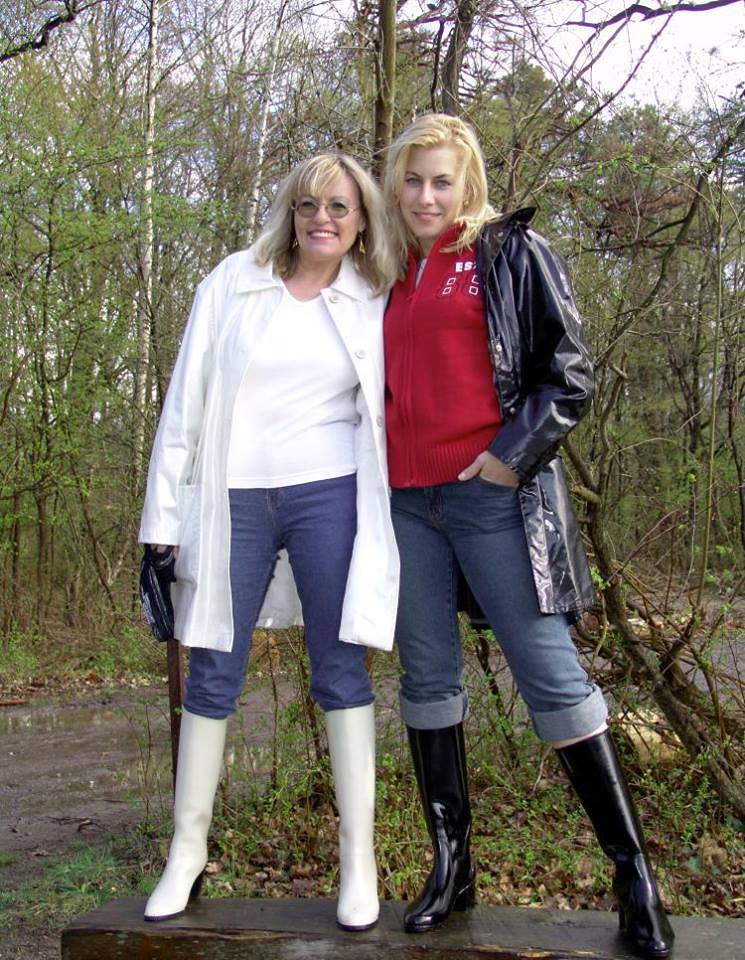 Angi rubber-boots black and white | Merci a cette allemande ...