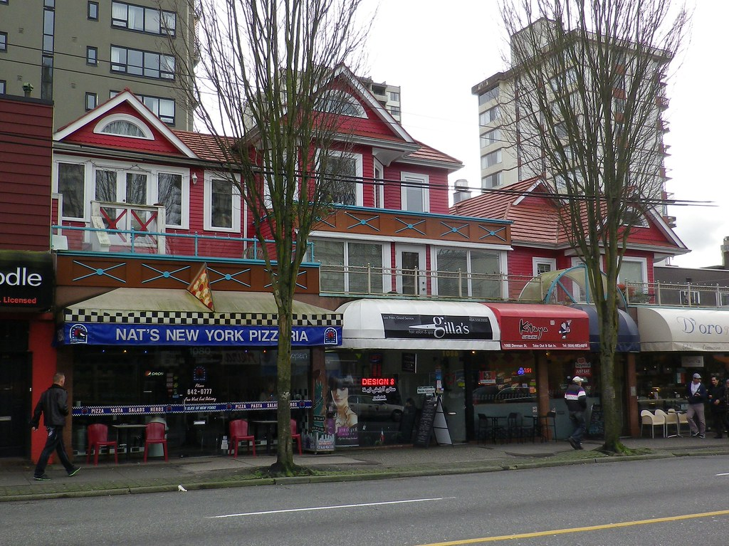 Van16b15 Denman Street Red Vancouver Bc Commercial