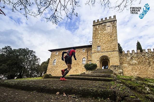 """Μεσαιωνικά χωριά, κάστρα, μοναστήρια ... τρέξιμο """"μέσα"""" από την ιστορία του τόπου!"""